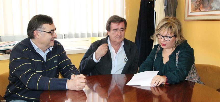 Luis-Senovilla-(izquierda)-Jesús-García-y-Sonia-Martín