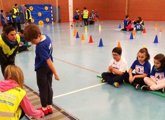 Más de 300 escolares participan en la primera concentración de Deporte Divertido en Carbonero El Mayor
