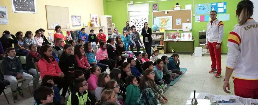 Los alumnos del CEIP San Gil se impregnaron del espíritu olímpico con el programa `Todos Olímpicos´