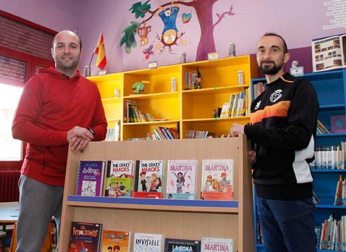 El Racing Cuéllar dota la biblioteca del CEIP Santa Clara con material valorado en 400 euros