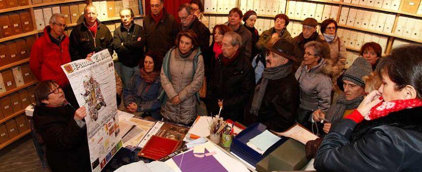 Alumnos sénior de la Universidad Carlos III se acercaron a los Reyes Católicos a través del Archivo Ducal