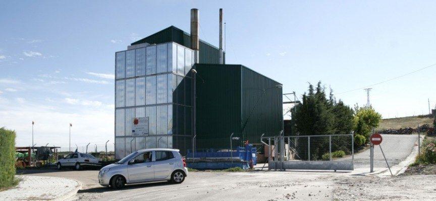 La Junta invertirá 70 millones de euros en eficiencia energética de renovación de alumbrado y calderas de biomasa