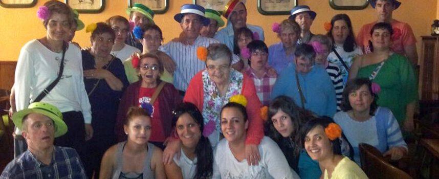Los usuarios de Apadefim disfrutaron de una fiesta flamenca