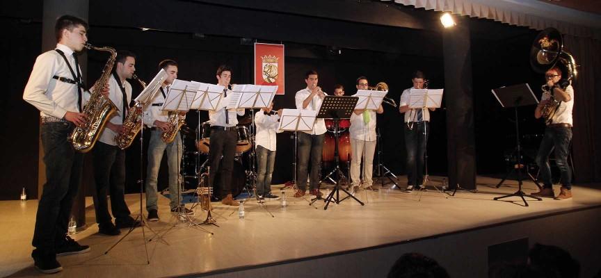 """Actuación en la primera edición de """"Los Conciertos de La Escuela""""."""