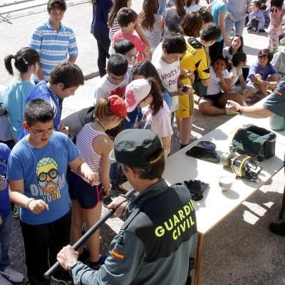 El Colegio Santa Clara acogerá mañana una exhibición de la Guardia Civil