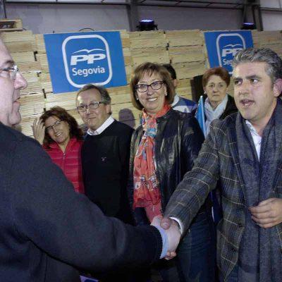 Herrera y Clemente se comprometen en Chañe a buscar soluciones a la recarga del acuífero de los Arenales
