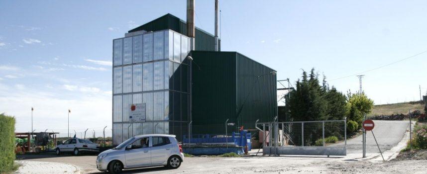 Vecinos de 220 viviendas usuarias de la Planta de Biomasa piden la retirada del reglamento del servicio