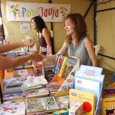 Una docena de librerías y editoriales se darán cita en la VII Feria del Libro de Cuéllar