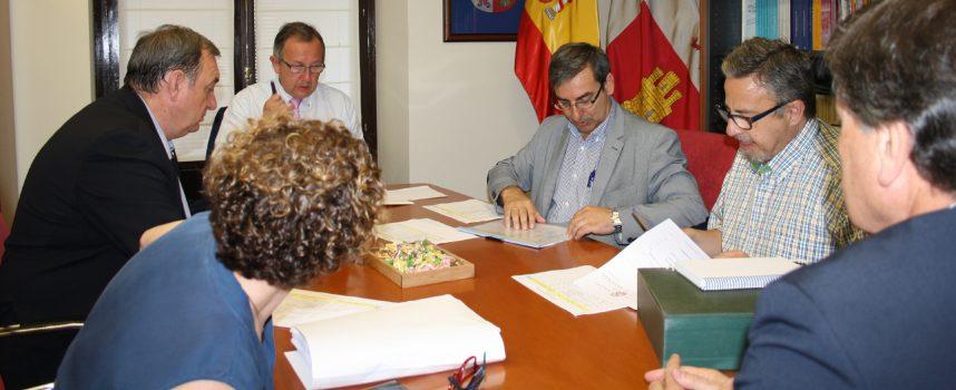 La Diputación y la Junta financian obras de mejora en 31 centros educativos de la provincia