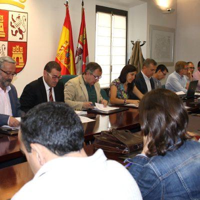 Medio Ambiente concede licencia ambiental a la planta de maduración de jamón de Prado Vega