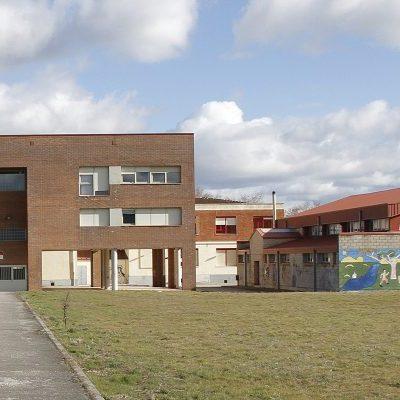 Educación ultima las actuaciones en varios centros docentes de la comarca