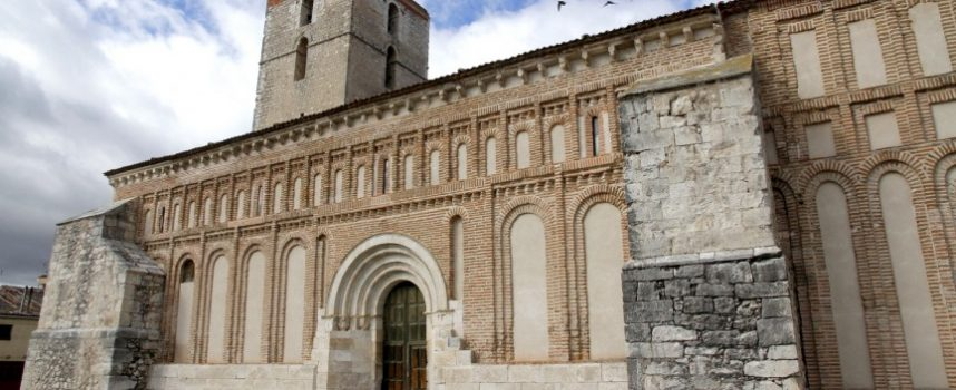 """Varias iglesias de la comarca abrirán sus puertas con el programa """"Abrimos en Semana Santa 2015"""""""