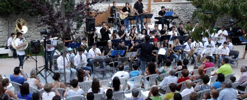The Brick House Big Band acercó el jazz a Tenerías