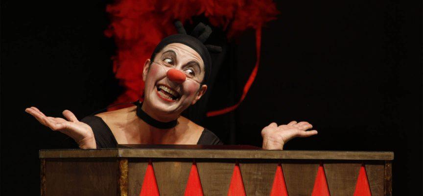 Eugenia Manzanera en un momento de su espectáculo