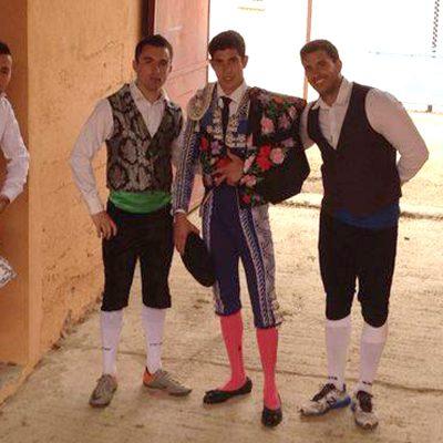 Un cuellarano entre los encargados de mostrar al turismo ruso el arte de la tauromaquia
