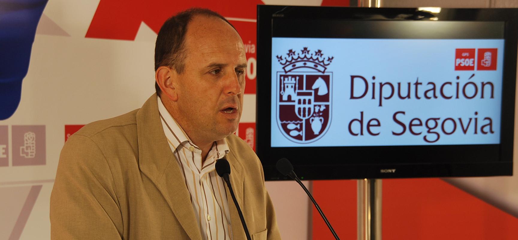 Jose Luis Aceves durante una intervención en la sede del PSOE.
