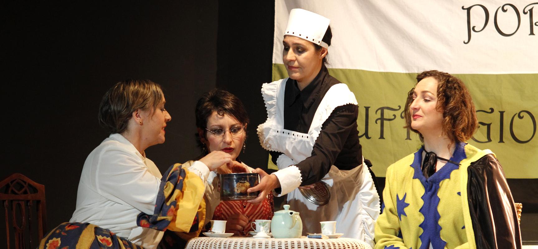 """Una escena de """"Cuando las mujeres no podían votar"""" última obra representada por Teatro Zereia."""