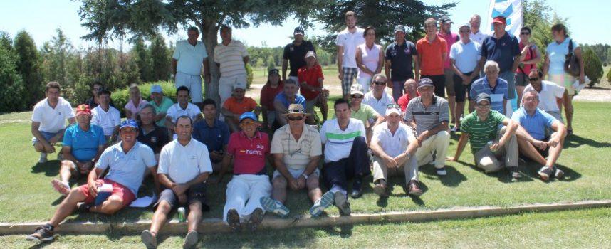 El Open de Golf Villa de Cuéllar contó con la participación de 75 jugadores castellanoleones