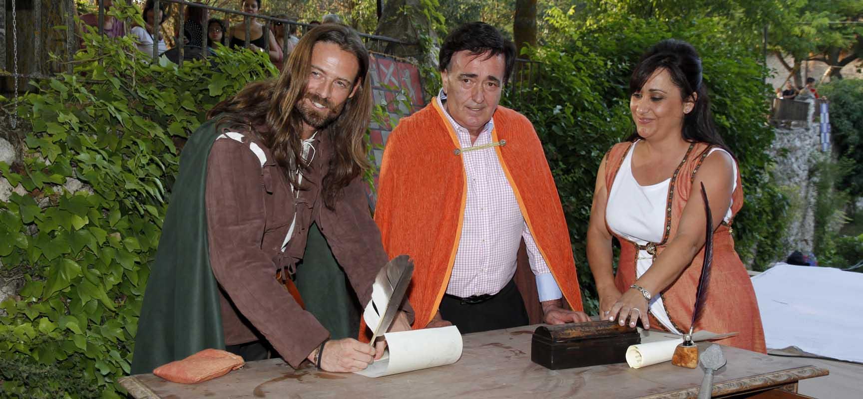 El actor Willam Miller fue nombrado el pasado año Alférez Mayor en la Feria Mudéjar