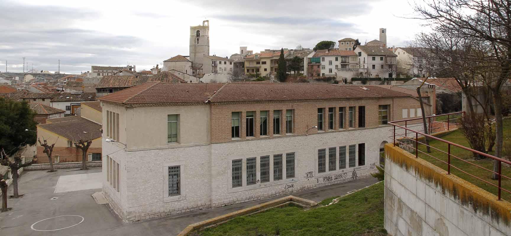 Fachada posterior del colegio La Villa.