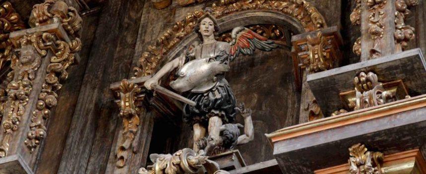 La Parroquia de Cuéllar celebra con una misa la festividad de san Miguel