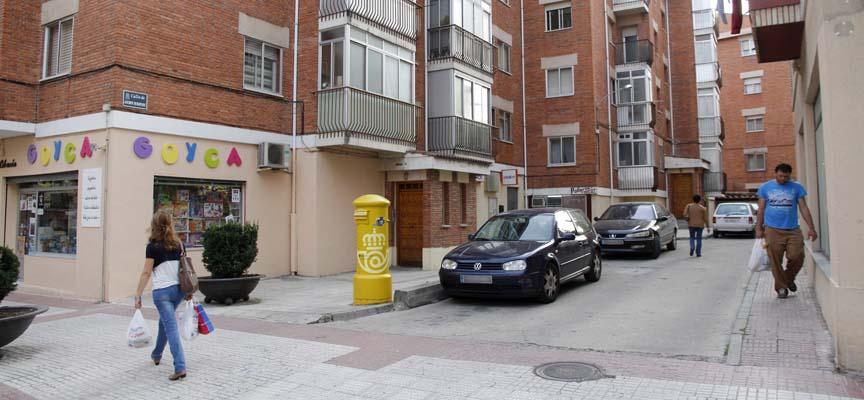 Calle Jacinto Benavente, en Cuéllar.