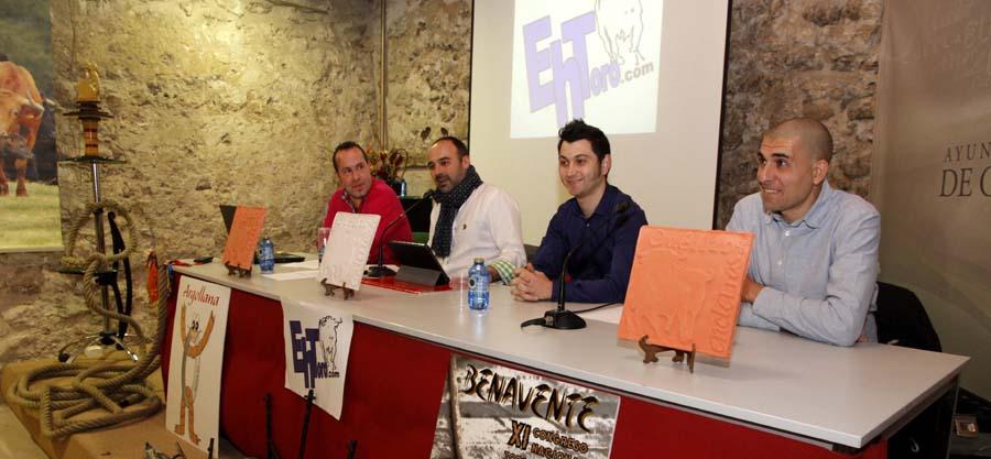 Ponentes en una de las actividades organizadas por Ehtoro.com