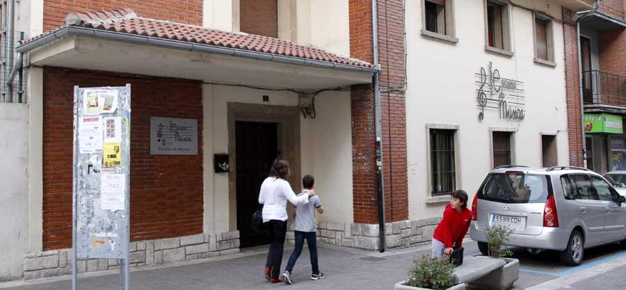 """Escuela Municipal de Música """"Cecilio de Benito"""" de Cuéllar."""