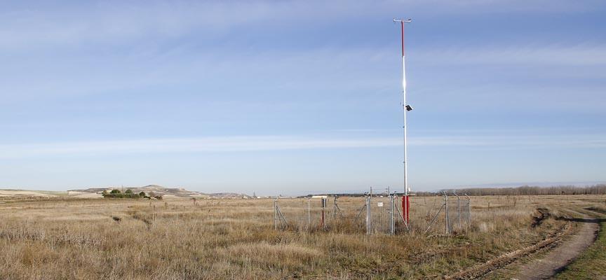 Estación de la Agencia Estatal de Meteorología en Cuéllar, ubicada en Prado Vega.