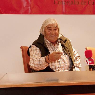 """""""A Caballo"""" rindió un emotivo homenaje al ganadero y empresario Simón Caminero"""