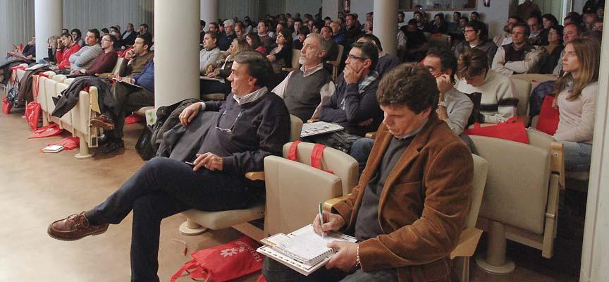 La sala Alfonsa de la Torre recibió a unas 270 personas.