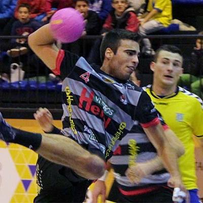 El Balonmano Nava juega mañana sábado en casa frente al Barakaldo