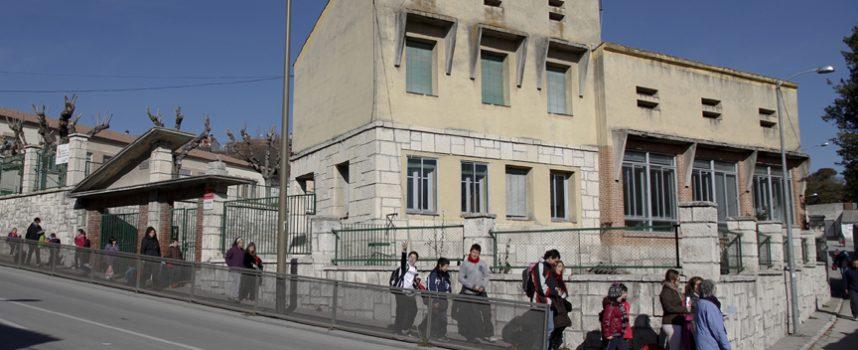 Educación señala que el gimnasio de La Villa podría estar concluído en el primer trimestre de 2016