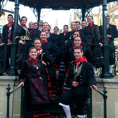 El Grupo de Danzas Villa de Cuéllar triunfó en el I Certamen de Danza Emperador Teodosio
