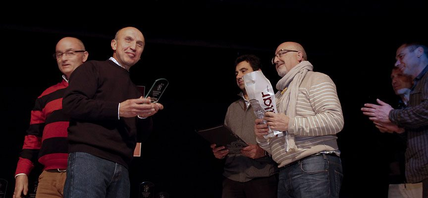 Gregorio Gilmartín, recibe una mención especial de manos de sus compañeros