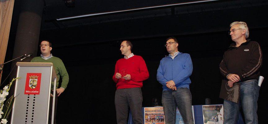 El Club Baloncesto Cuéllar, premio a la Promoción Deportiva 2014