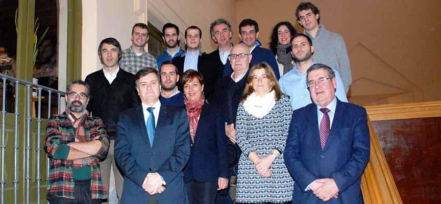 Participantes en el encuentro organizado por la Diputación.