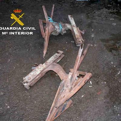 La Guardia Civil detiene a tres hombres por el hurto de material agrícola en Lastras de Cuéllar