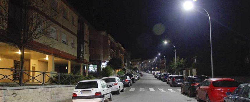 El acondicionamiento de aceras continuará en la calle Fotógrafo Rafael, que pasará a ser de un solo sentido