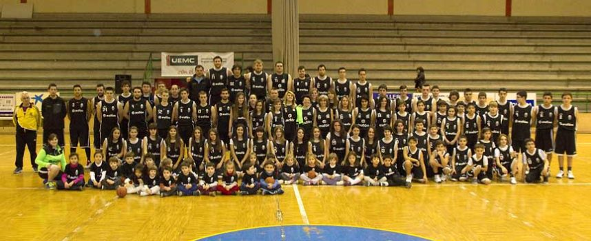 Los clubes Balonmano Nava y Baloncesto Cuéllar ven reconocido su trabajo por la Asociación de la Prensa Deportiva