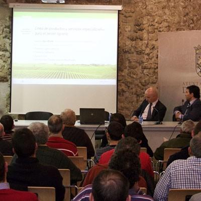 """Agrobank de """"la Caixa"""" celebró unas jornadas con las novedades de la PAC 2015 en Cuéllar"""