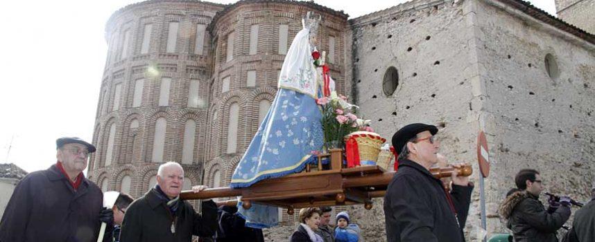 La virgen de Las Candelas desafiará esta tarde al tiempo con su procesión