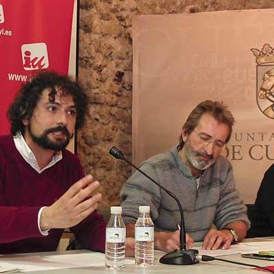 Los precandidatos de IU a la Junta de Castilla y León debatieron en la villa