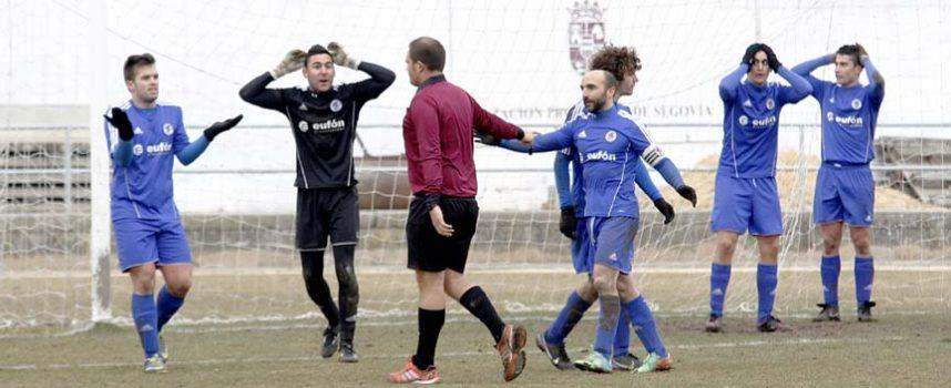 El Cuéllar roza la primera victoria (3-3)