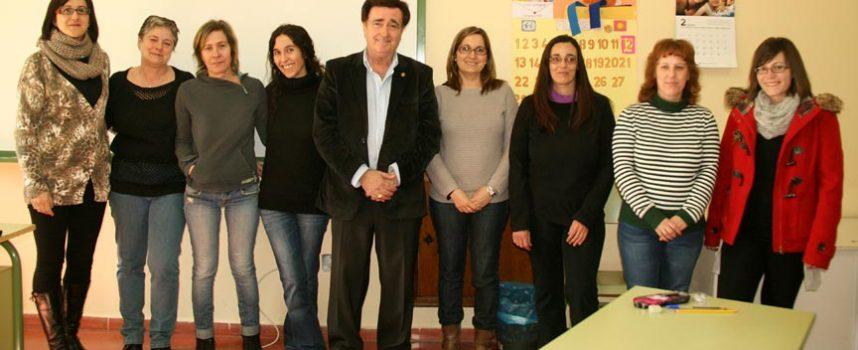 Villa y Tierra abre su programa de auxiliar de geriatría con seis alumnas