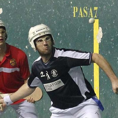 El Pelota Vallelado consigue en Tarragona los dos puntos frente al Nástic y roza el liderato