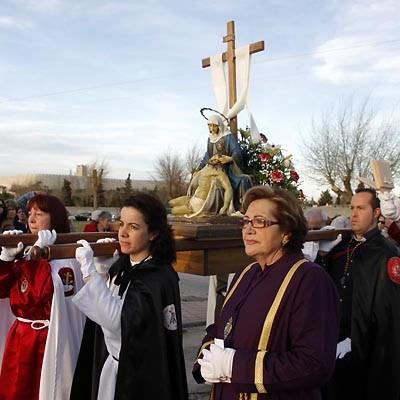 La imagen de la Virgen de la Compasión abre esta tarde las procesiones en Cuéllar