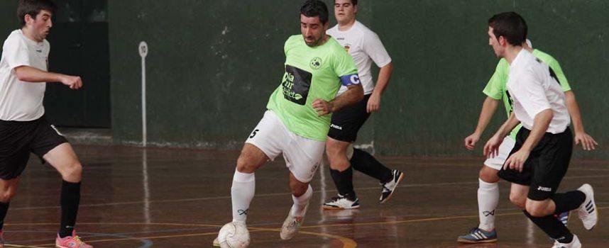 Zarzuela del Pinar derrota al Sporting Nava y se mantiene segundo en la Primera Provincial
