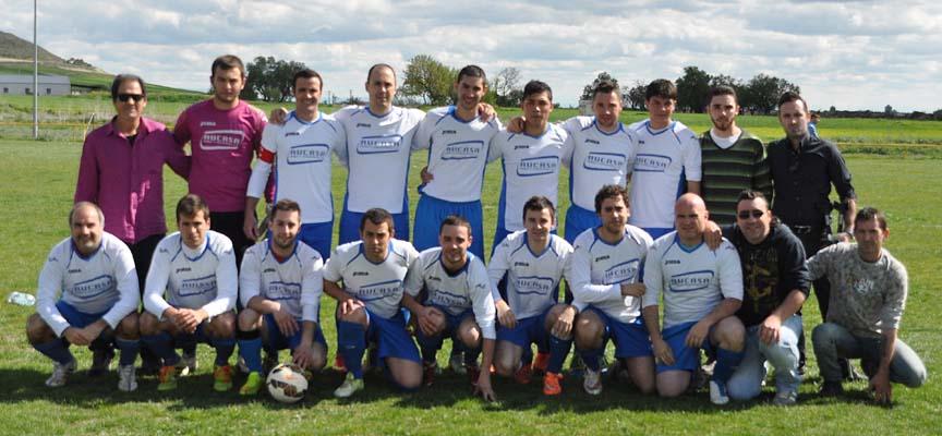 Jugadores del CF Vallelado.
