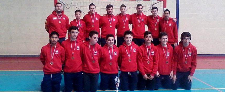 Medalla de Bronce para los cadetes del Balonmano Nava en el campeonato regional